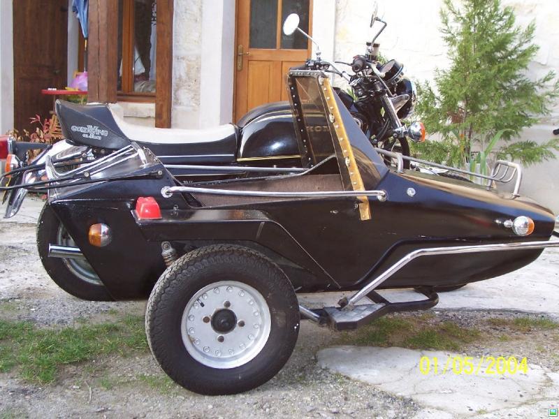 Sidecar honda goldwing gl1000 5200 euros for Garage honda poitiers